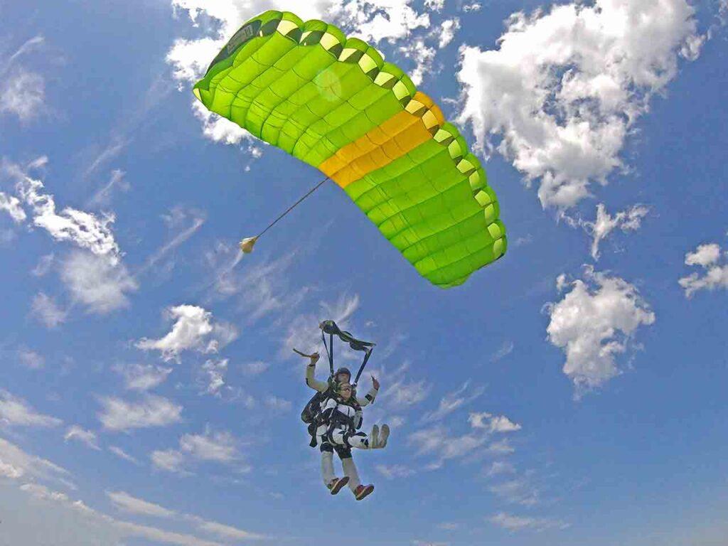 парашют тандем